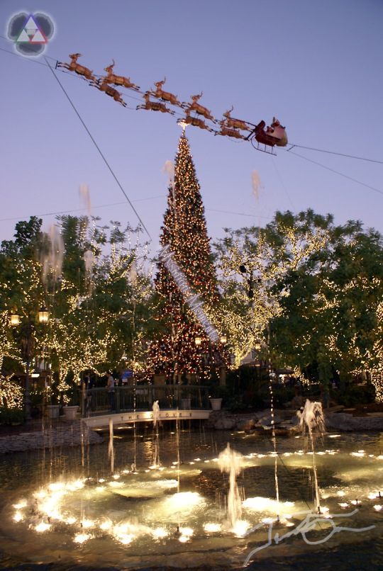 Xmas Tree and Fountain at The Grove
